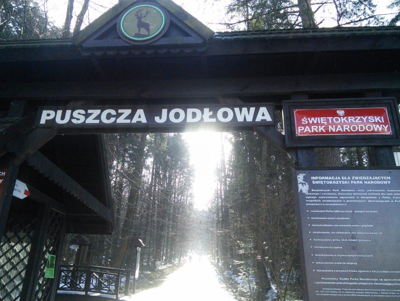 Początek zimowego wejścia na Koronę Gór Polskich.