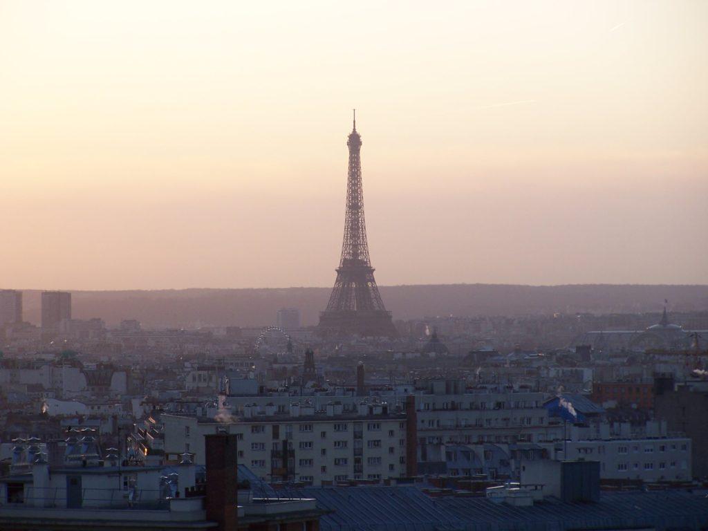 Knajp w Paryżu jest zatrzęsienie. Ja wolę jadać lunche nad Sekwaną.