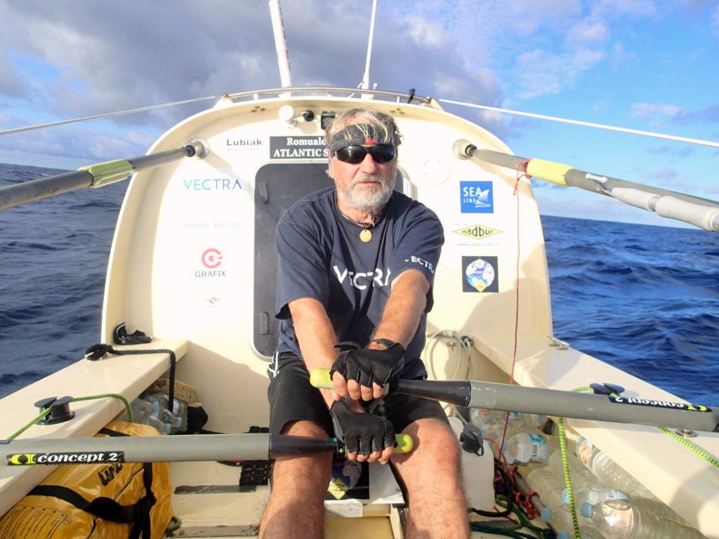 Romuald Koperski w 77 dni samotnie przepłynął Atlantyk.
